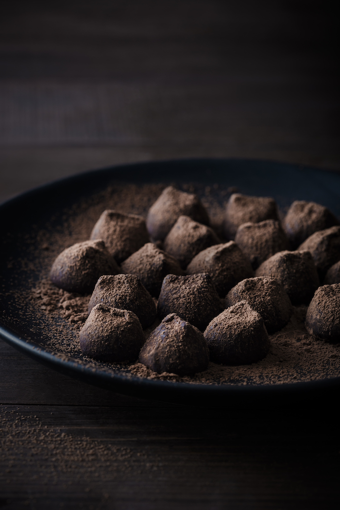 chocolate truffle kisses_darina kopcok
